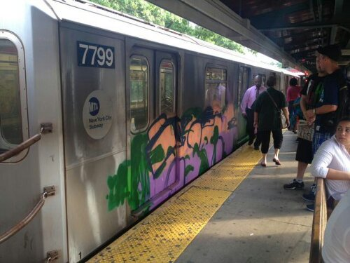 4 Train From Woodlawn Graffiti Bombed Emerges All Tagged