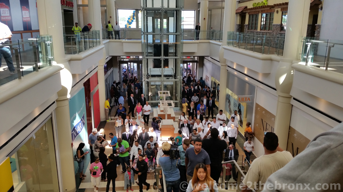 The Mall At Bay Plaza Opened Today And It S Gorgeous Bronx Residents No Longer Have To Go To Westchester Or Manhattan Welcome2thebronx See more of mr.nightmare made this on facebook. the mall at bay plaza opened today