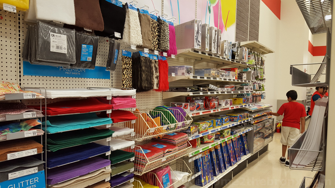 Arts crafts store michael s reopens at bronx terminal for Michael arts and crafts store locations